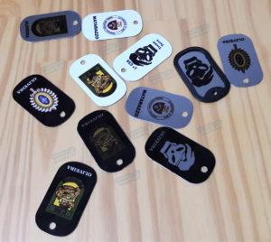 placa-modelo-militar-personalizada-estilizada-presente-policia-brinde-eventos--300x268