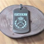 Placas-plaquetas-dog-tag-dogtag-personalizadas-personalização-gravadas-gravação-presente-mania-de-metal-002-150x150