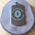 Placas-plaquetas-dog-tag-dogtag-personalizadas-personalização-gravadas-gravação-presente-mania-de-metal-005-150x150